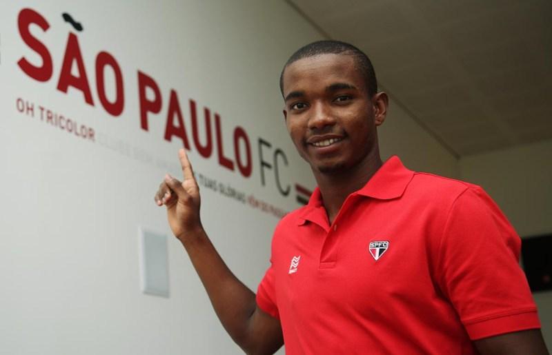 """Oficial: """"São-paulino"""", Thiago Mendes acerta com o Tricolor"""