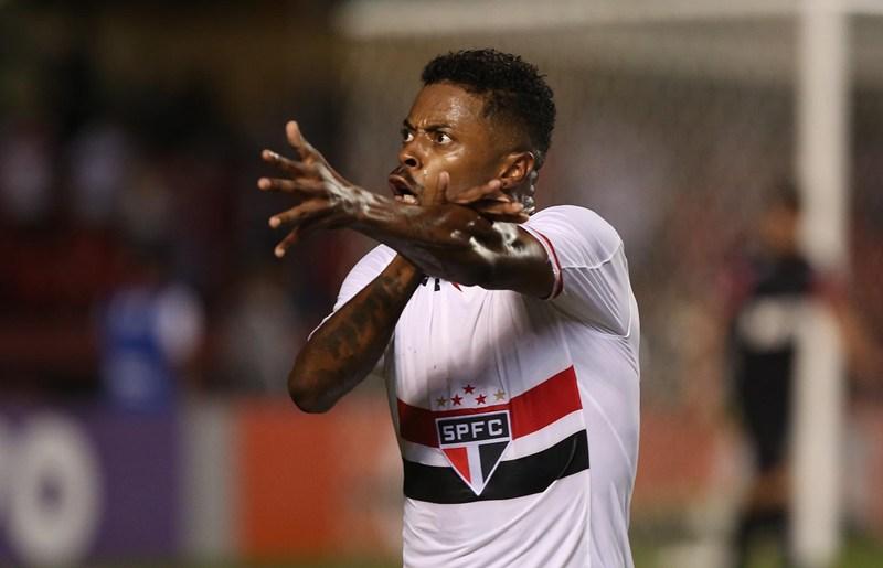 São Paulo: Artilheiro do elenco no Morumbi, Michel Bastos elege gols marcantes
