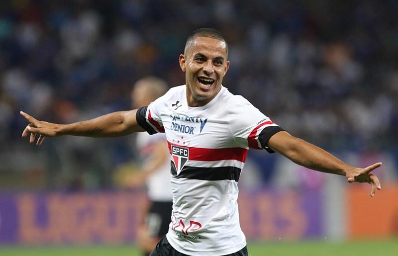 São Paulo define inscritos para reta final da Libertadores