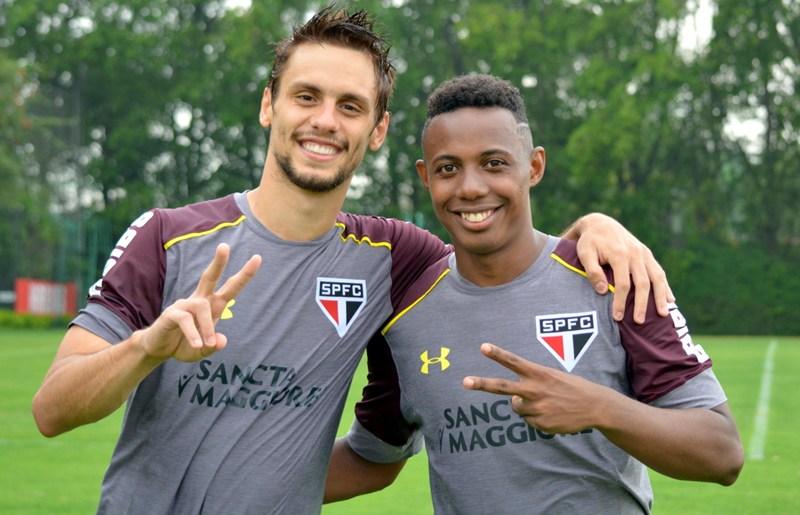 Amizade #MadeInCotia: Rodrigo Caio e Wellington