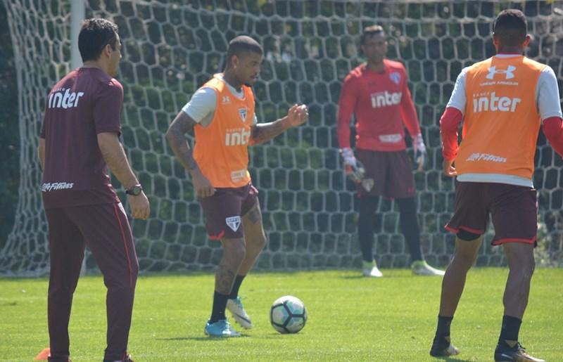 São Paulo: Na reapresentação, Júnior Tavares volta a treinar com bola