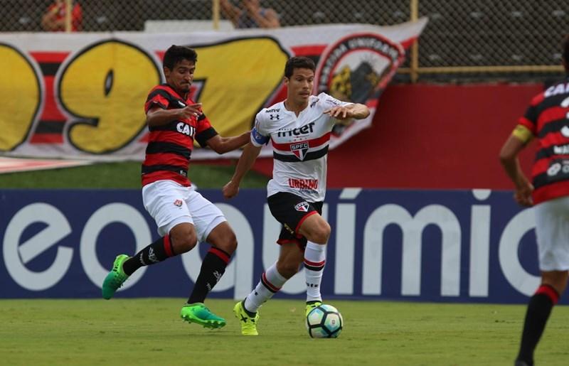 Majestoso sem Hernanes? São Paulo joga com três titulares pendurados