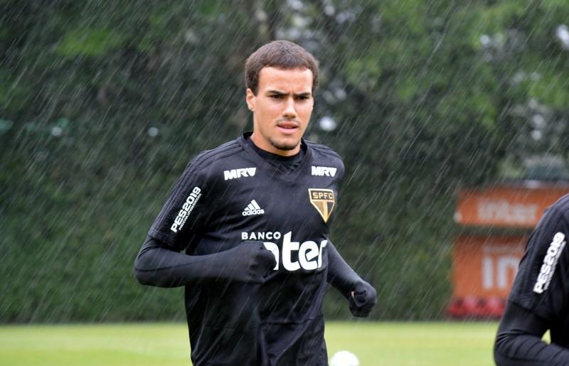 São Paulo: Na reapresentação, Igor Gomes é liberado para treinar com o grupo