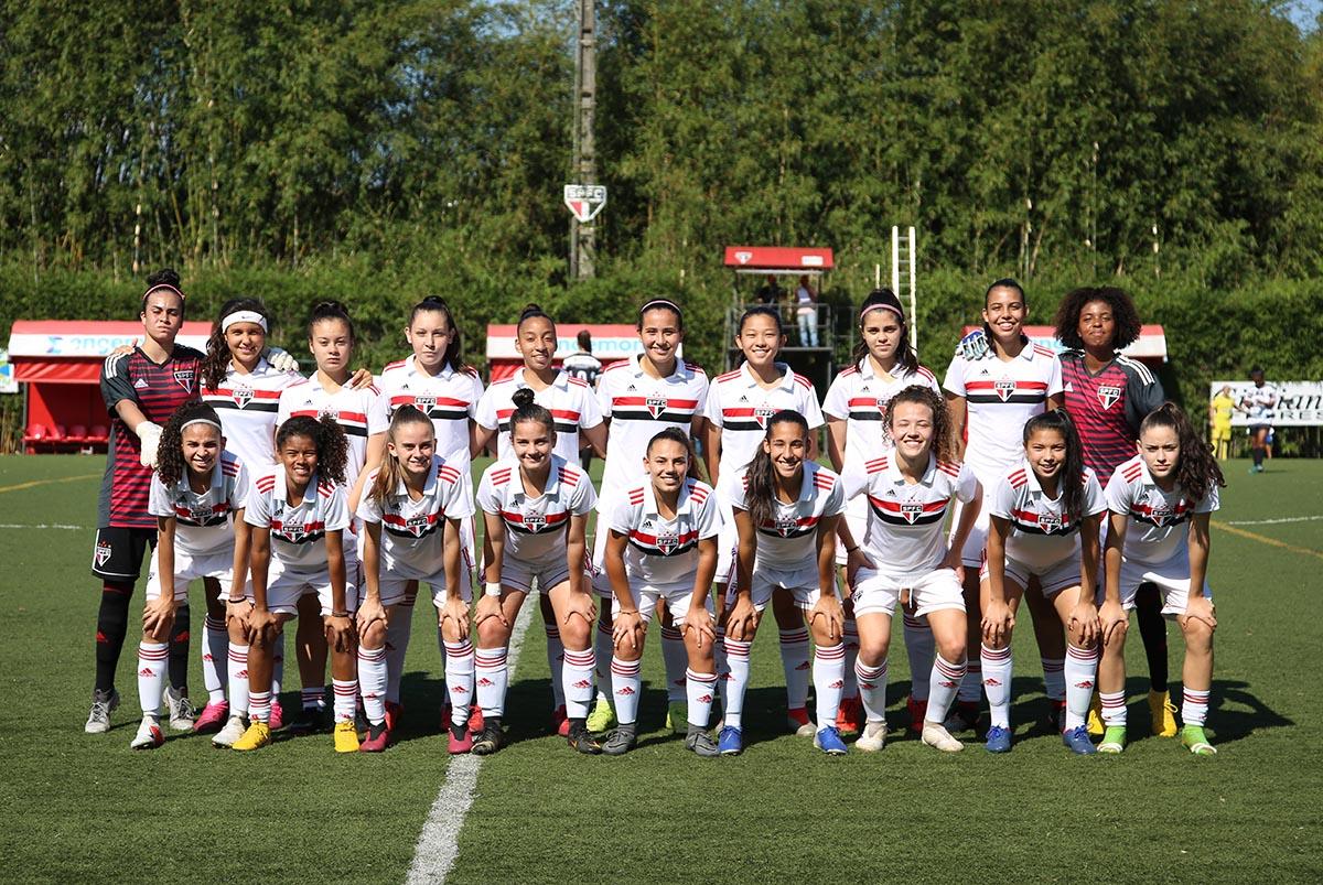 Feminino sub-17 iguala marca de vitórias de campanha campeã de 2018