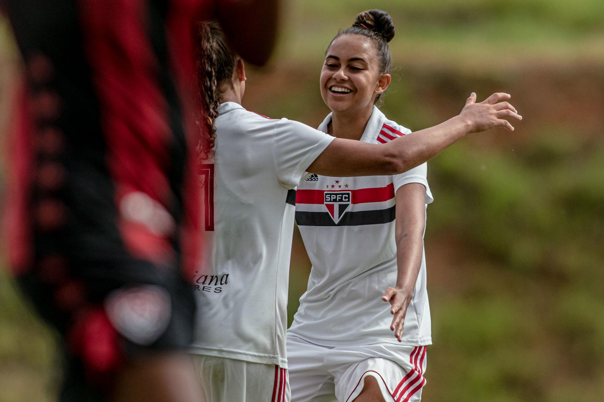 Equipe feminina faz últimos ajustes para estreia no Brasileiro Sub-18