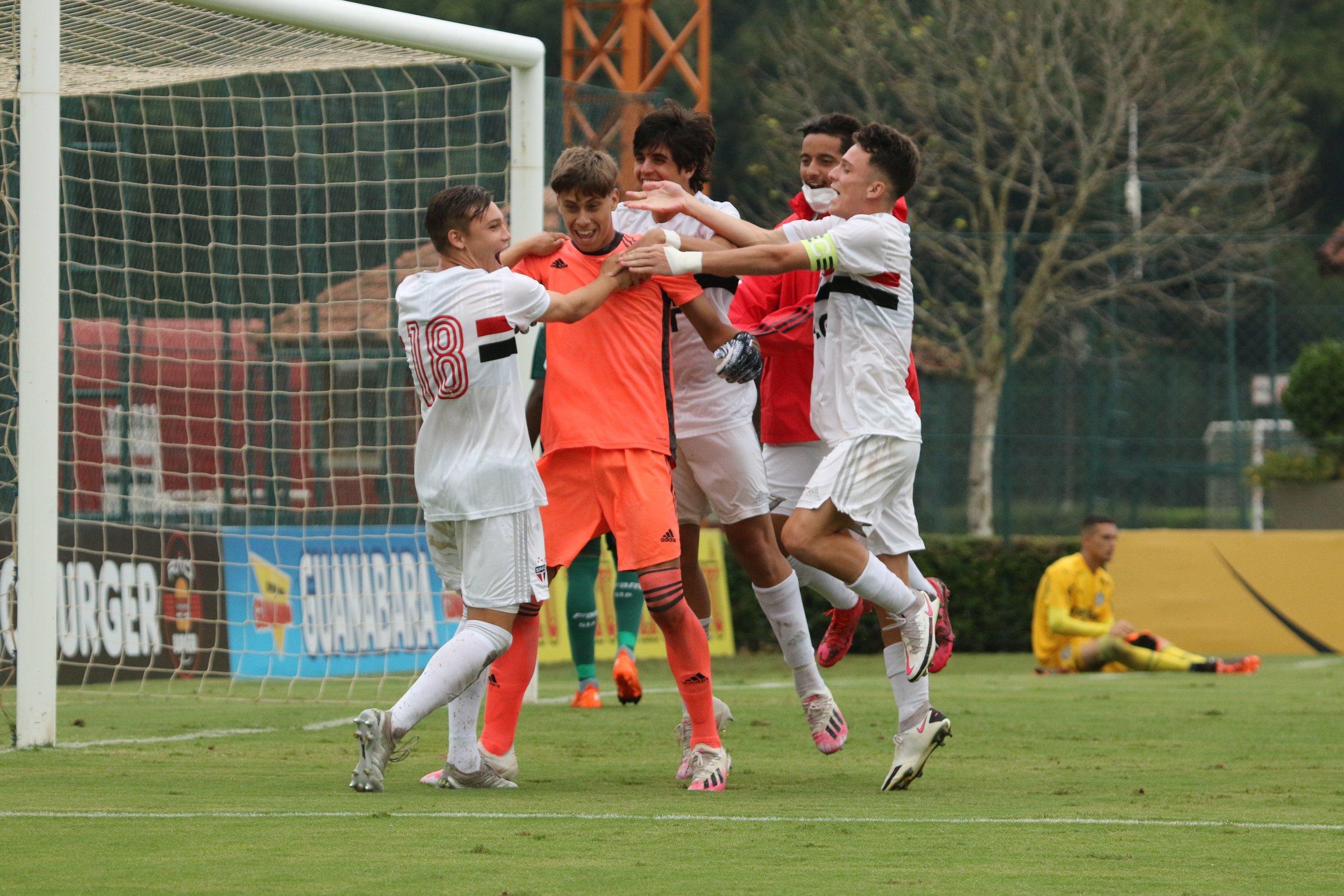 Tricolor elimina o Palmeiras e avança à decisão da Copa do Brasil Sub-17