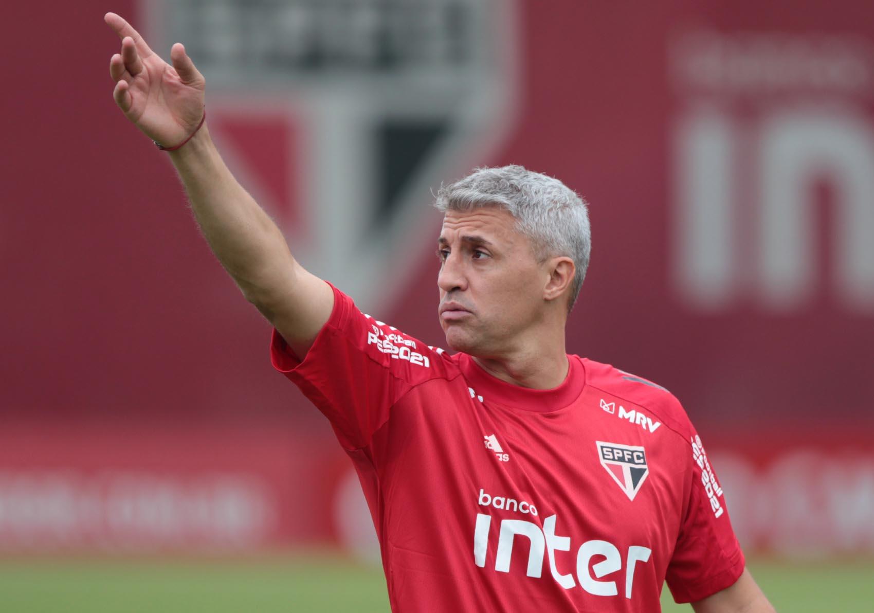 Na estreia de Crespo, Tricolor inicia campanha no Paulistão