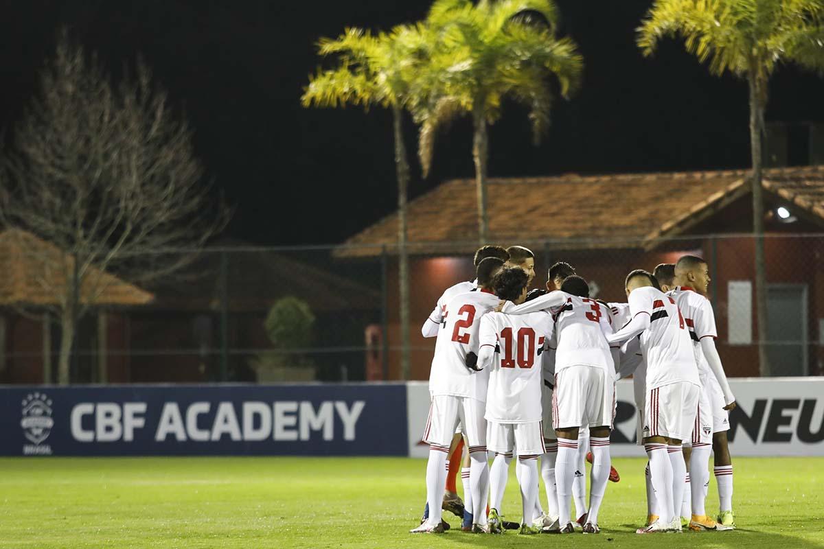 Em Cotia, Sub-17 começa semifinais do Campeonato Brasileiro