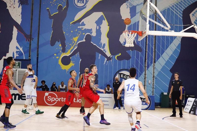 Com 26 pontos de vantagem, Basquete Tricolor vence Pinheiros fora de casa