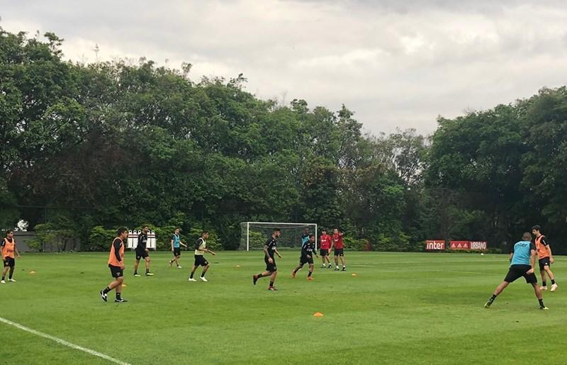 São Paulo treina no CT e inicia preparação para jogo no Sul