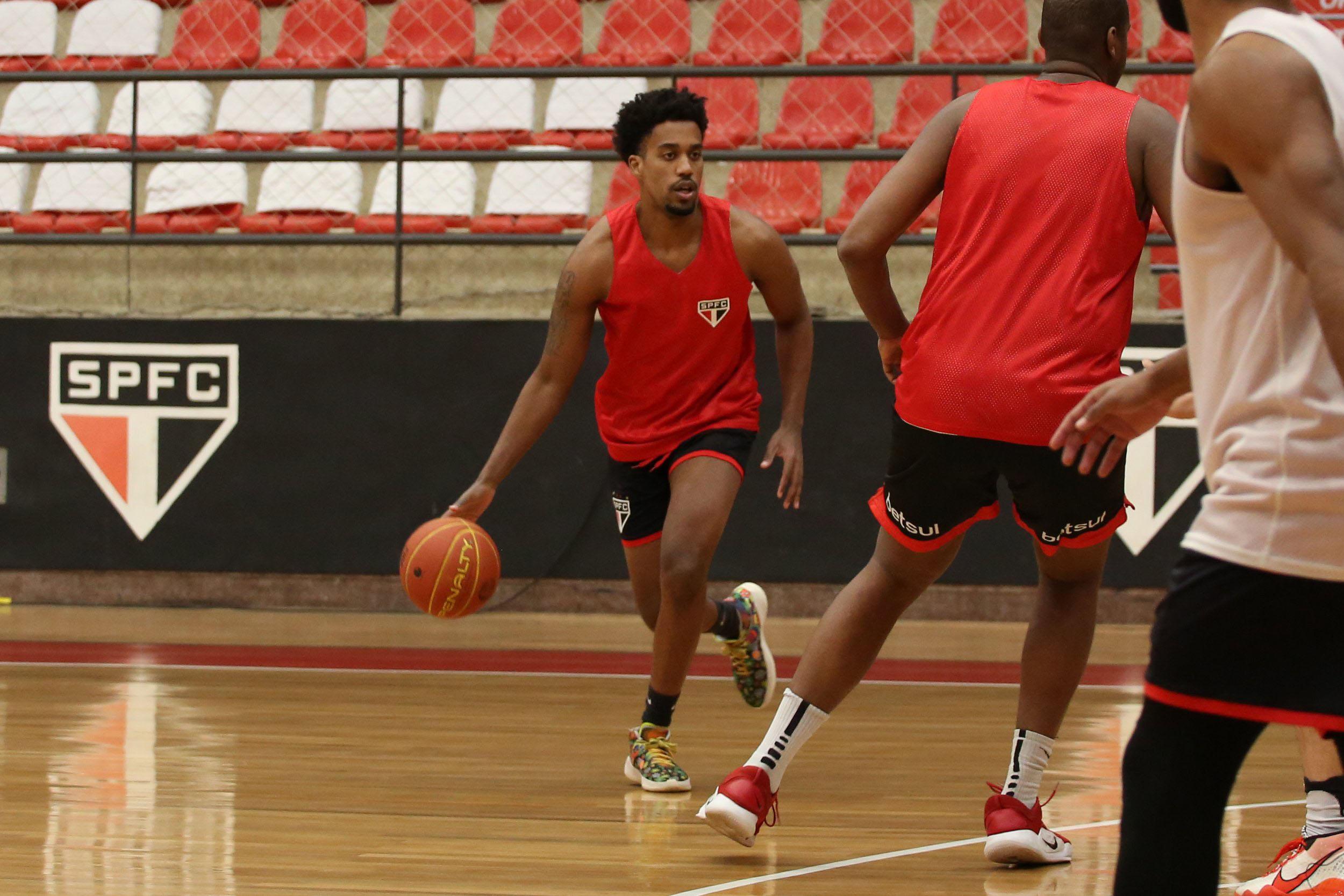 Equipe de basquete do São Paulo estreia na LDB nesta sexta-feira