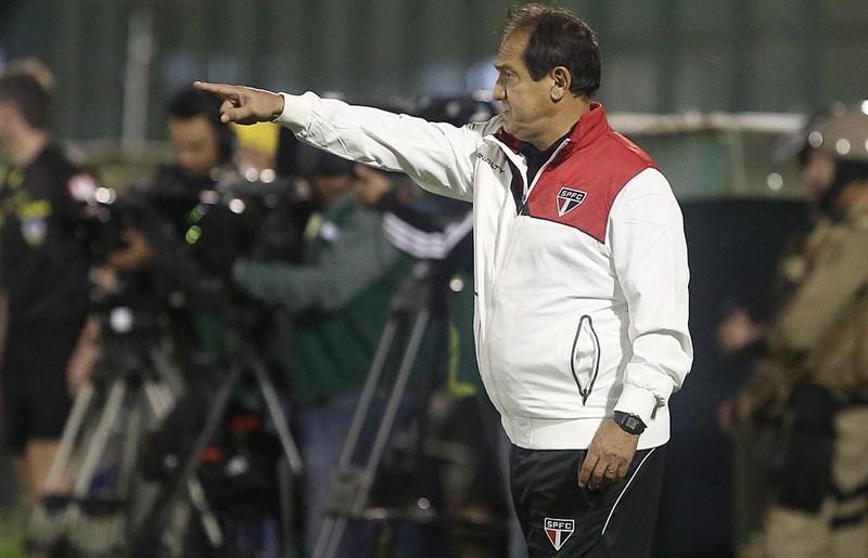 """Muricy Ramalho: """"Não saio satisfeito com o resultado. Viemos para ganhar o jogo"""""""